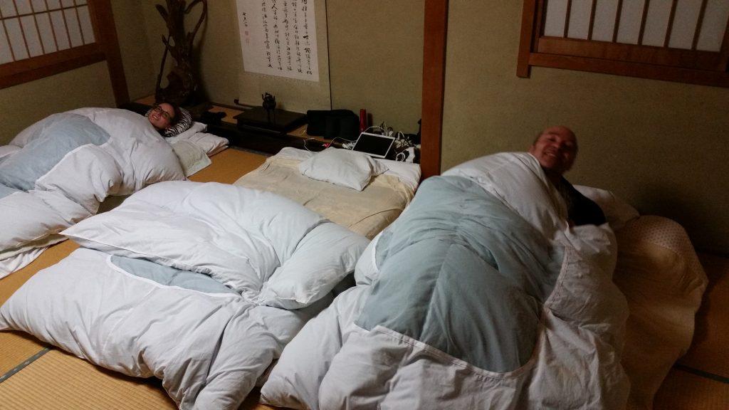 """A letto """"comodi"""""""