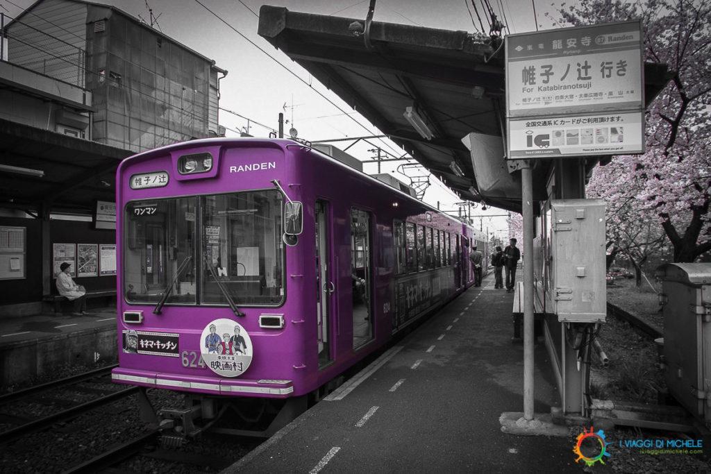 Il treno viola per Arashiyama