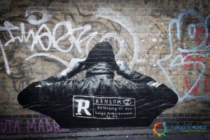 Street Art a Brick Line