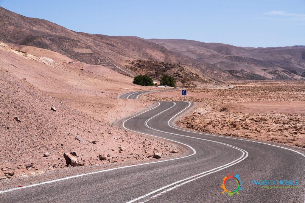 Geoglifi di Pintados - La strada per il centro visite